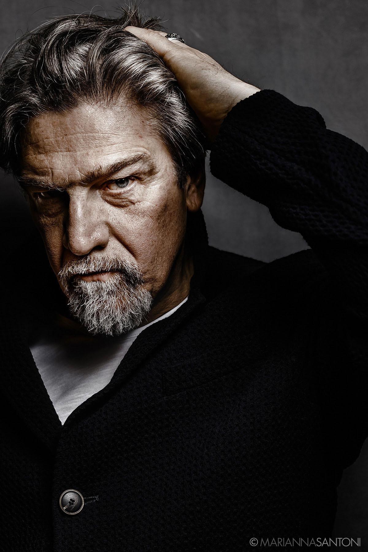 portrait of the actor Fabio Santor shot by photographer marianna santoni