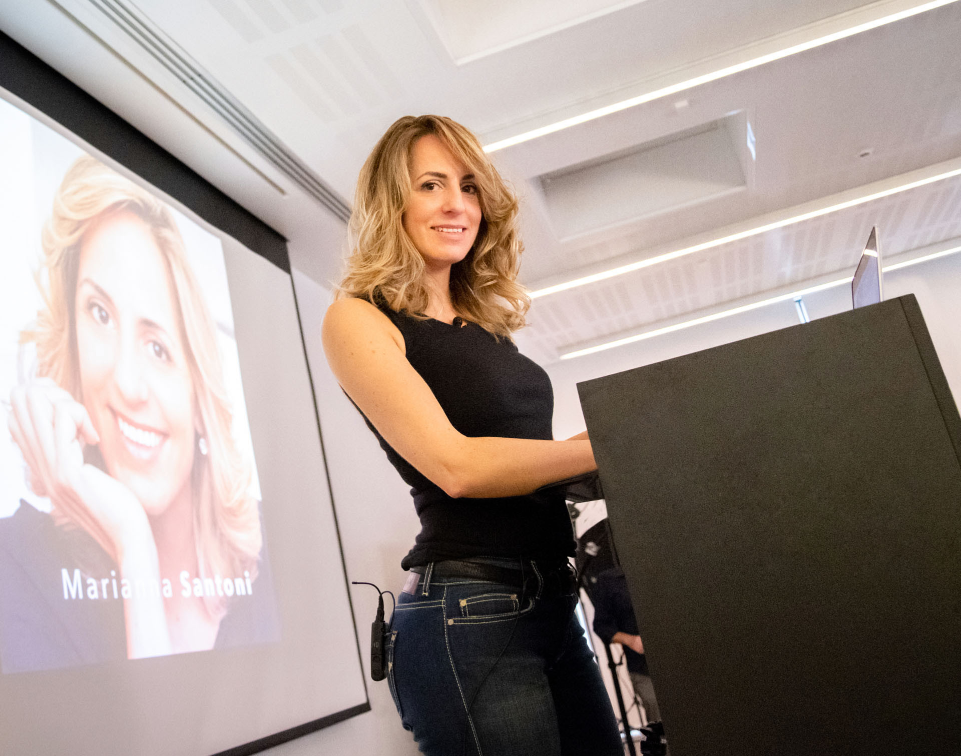 Marianna Santoni public speaker