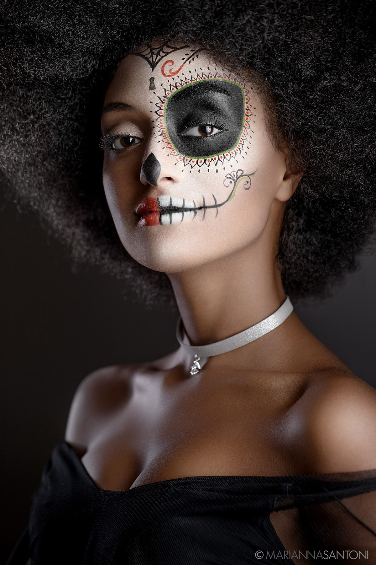 beauty shot with halloween make-up by photographer marianna santoni