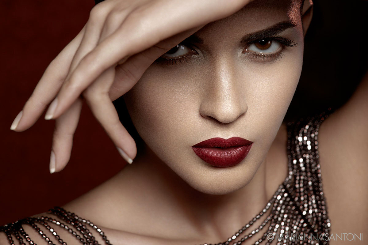 beauty of the model Selene Gnavolini shot by photographer marianna santoni